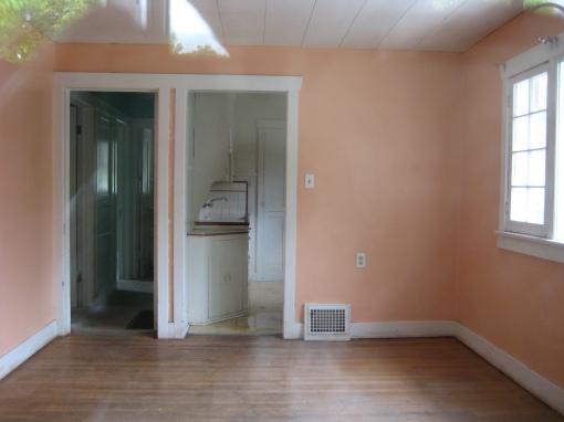 Kitchen and hallway doors